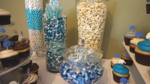 Assorted candy and chocolates. (Photo Credit: Nakanari)